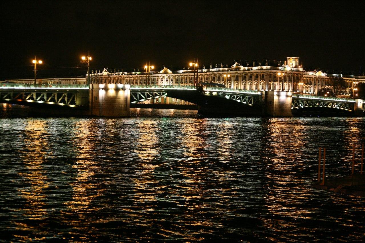 межкомнатные двери от производителя оптом в Санкт-Петербурге